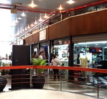 Aluga-se loja Galeria do Rock